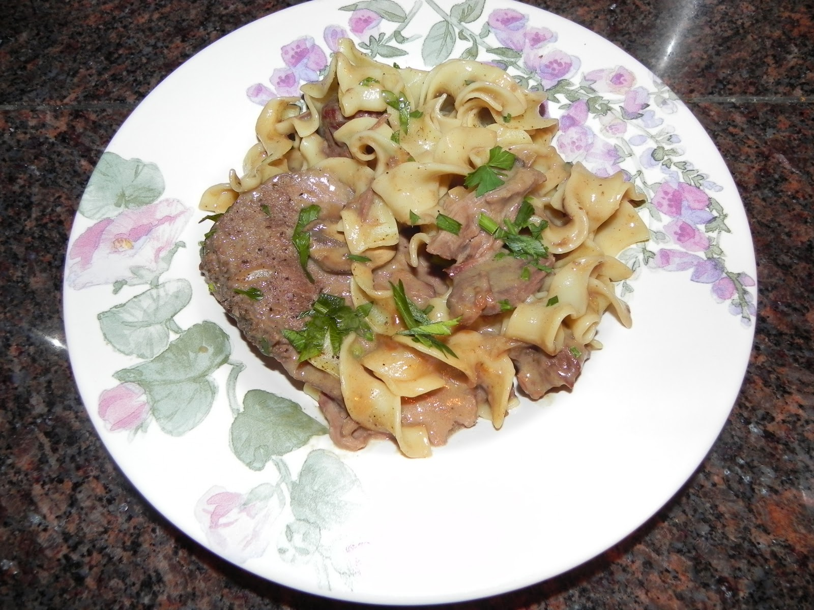 Farrah's Food Adventures: Easiest Ever Pot Roast With Egg Noodles ...