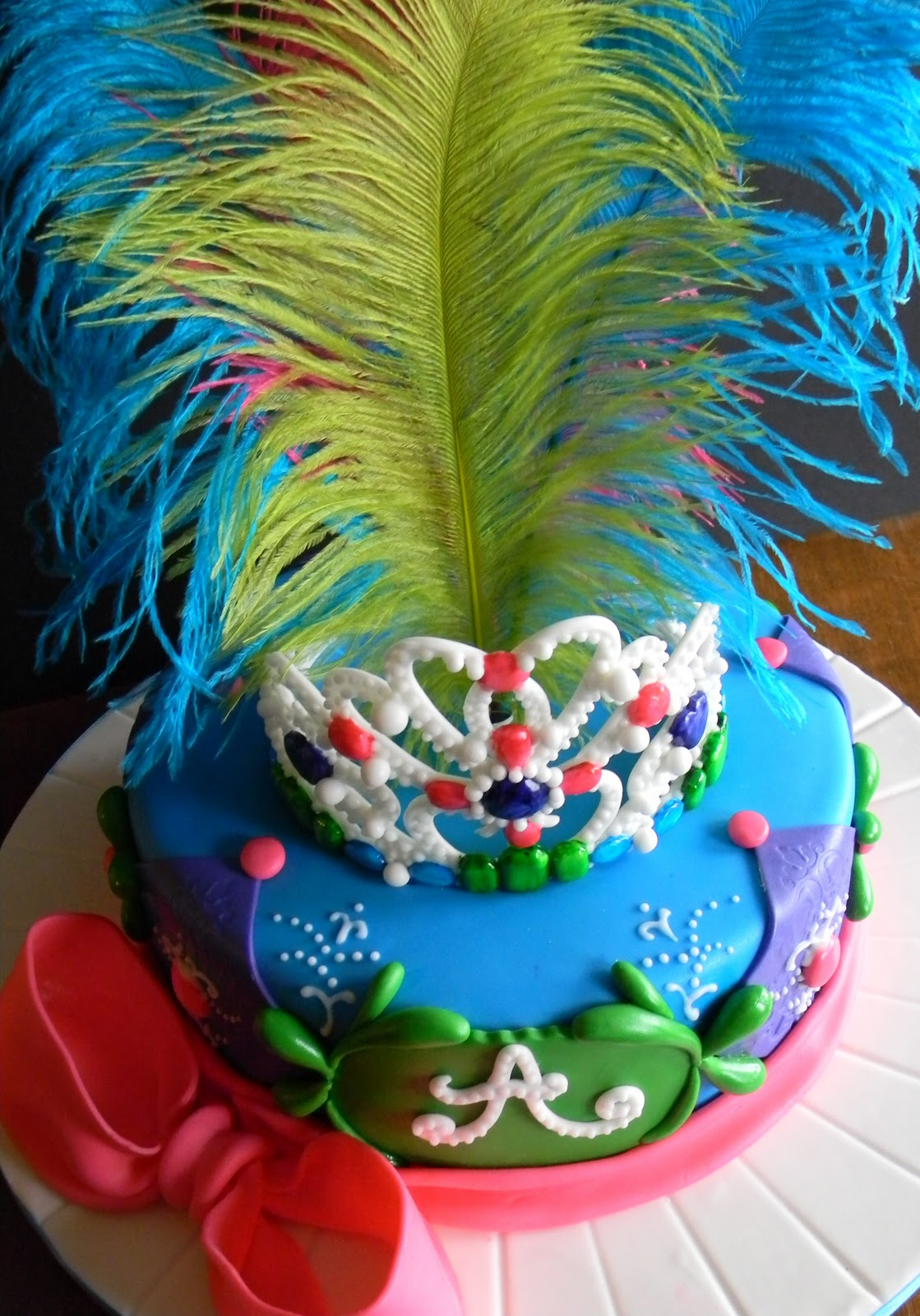 Couture cakes by angela specialty cake gallery - Decoracion de carnaval ...