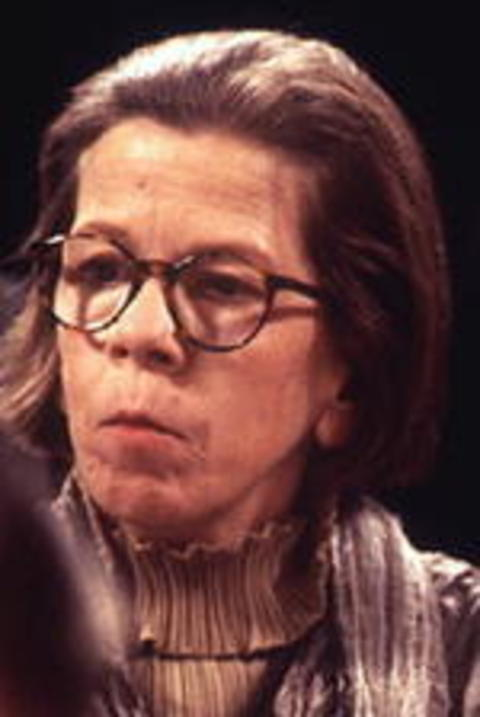 Linda Hunt - Wallpaper Gallery