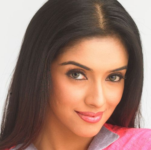 hot-sexy-indian-actress-asin-desi-filmstar-movie-celebrity-kerala-beauty-ghajini-fame-aasin