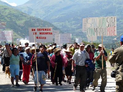 http://1.bp.blogspot.com/_qMx4UB2jpmA/SgIpt0vRVvI/AAAAAAAAABU/VAqHTuPIu3M/s400/Marcha-San+Juan.jpg
