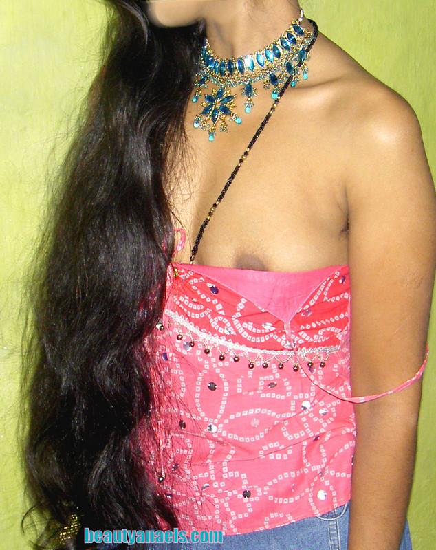 Hot Desi Aunties Removing Dress