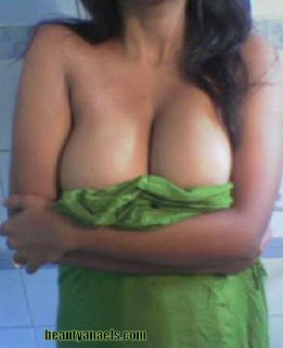 Mallu Desi Aunties Very Hot Stills  http://rkwebdirectory.com