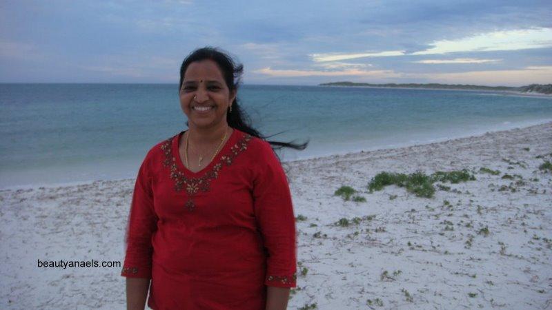 South Indian Actress Blue Film: Hot Tamil Mallu Aunties Photos