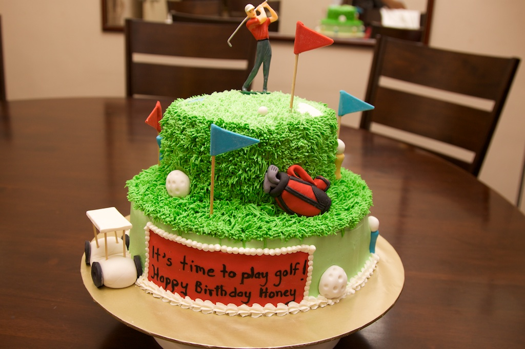 Pink Oven Cakes and Cookies: Golf theme cake