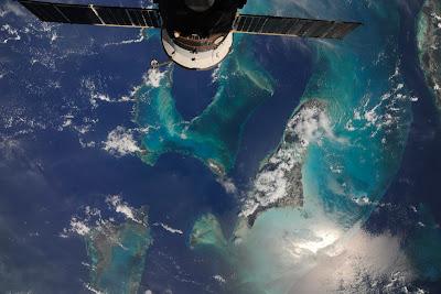 5196845579 967cfeca08 b Foto Foto Stasiun Luar Angkasa NASA Terbaru 2011