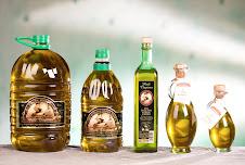 """Oli d'oliva """"Molí Clapises"""" i """"Lacrima Olea"""" DOP de collita propia"""