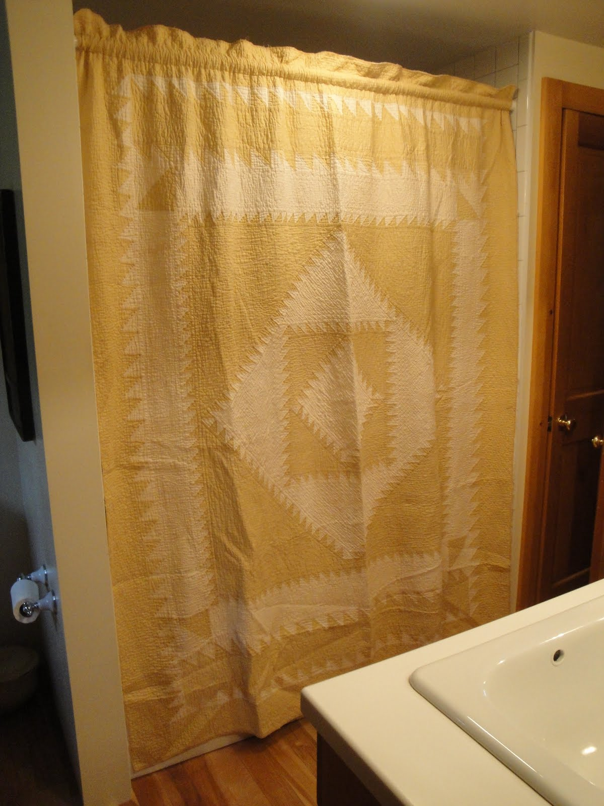 KITTREDGE MERCANTILE: How I Make A Shower Curtain ......