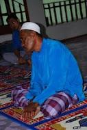 Guru Al-Quran madrasah manzlatul masakin Pulau Banggi, Sabah.