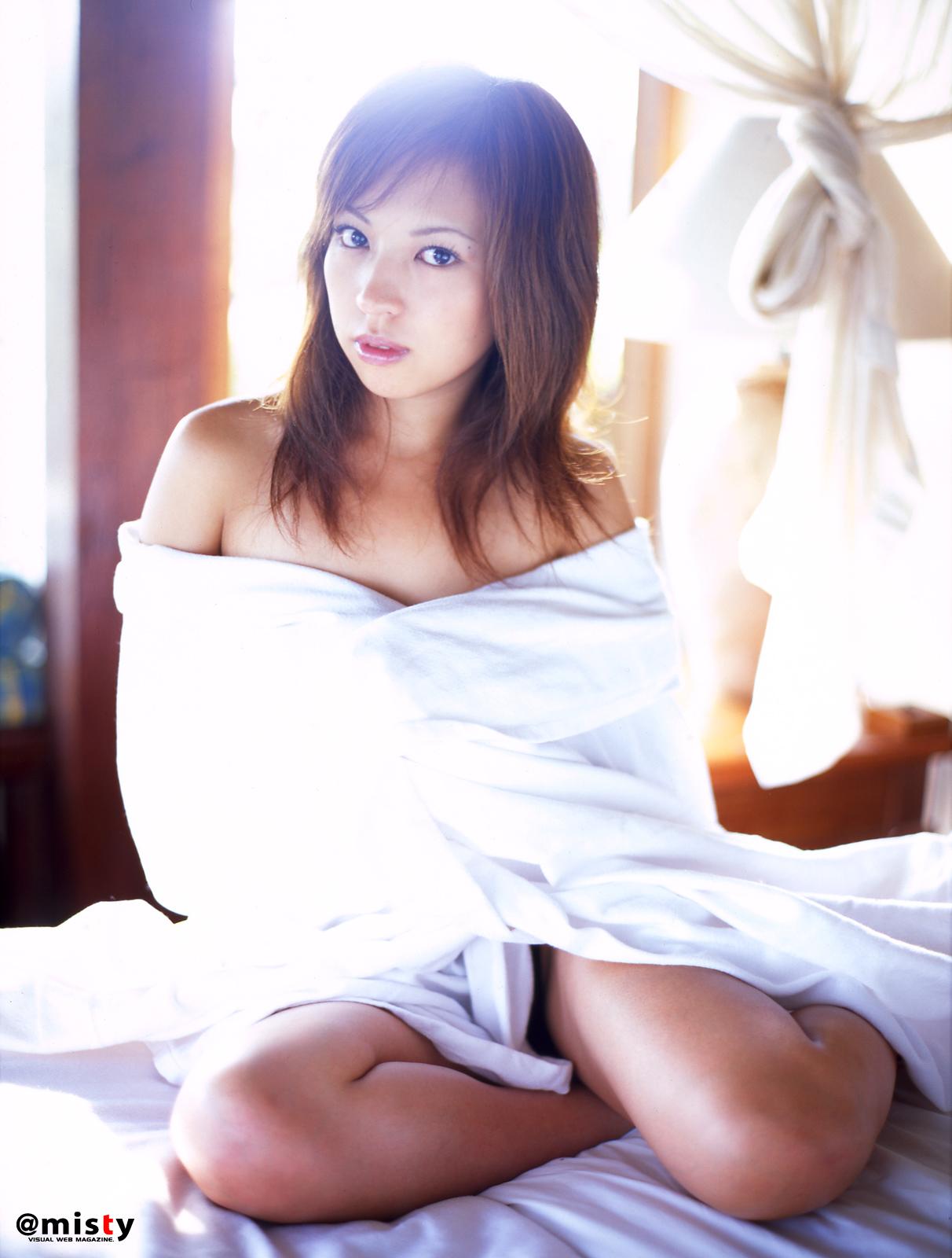 Megumi Asoh In Wet White Cloth Ilektrosok