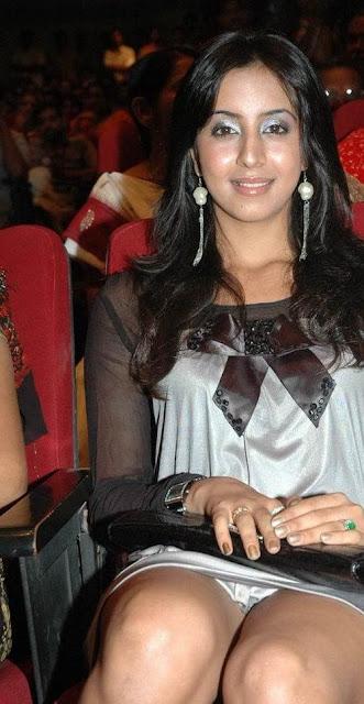 Actress Sanjana Hot Wallpapers hot photos