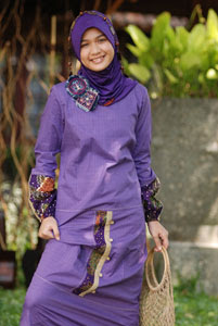 Koleksi Kaftan Cantik dan Model Terbaru: Busana Muslim