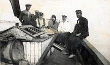 Annem Denizaltıda Çalışan Dayım ve Kum Motoru
