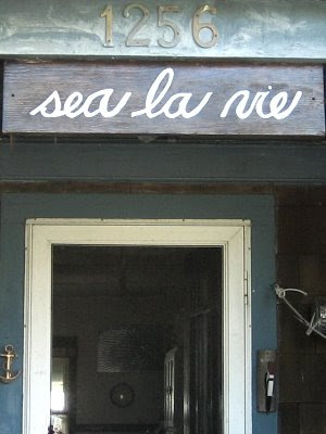 beach house name in French
