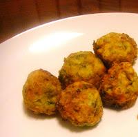 Kolokythokeftedes (Zucchini and Feta Balls)