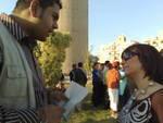 حوارى مع الزميلة أسر ياسر أثناء الوقفة للإستفسار عن موقف المدونين