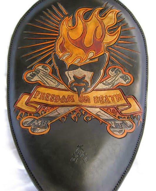 freedom or death saddle | misteradiant head