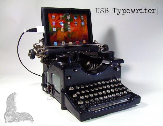 http://1.bp.blogspot.com/_qX_C6pKTUwY/TJpH2OAI9MI/AAAAAAAACIk/RPZekRrXkaI/s640/usb-typewriter_royal10.jpg