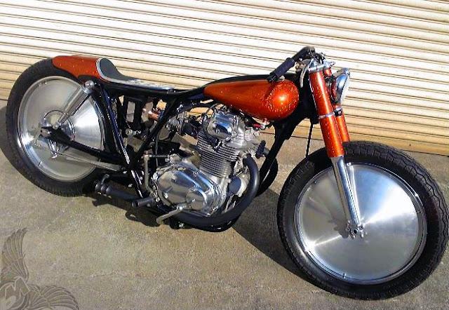 Honda CB 250 Bobber