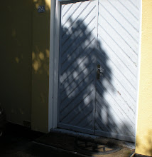 Samma dörr som vi har vid torpet.