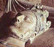 A color photo of the recumbent effigy or gisant of the tomb of Henry II at the Abbey of Fontevraud.