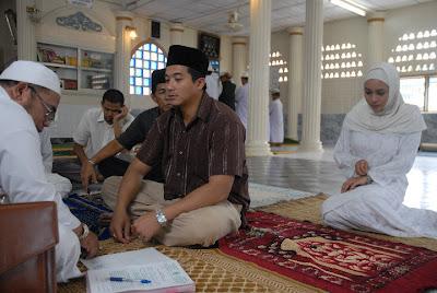 pernikahan+hariz+n+izzah Filem Ombak Rindu Adaptasi dari Novel Ombak Rindu