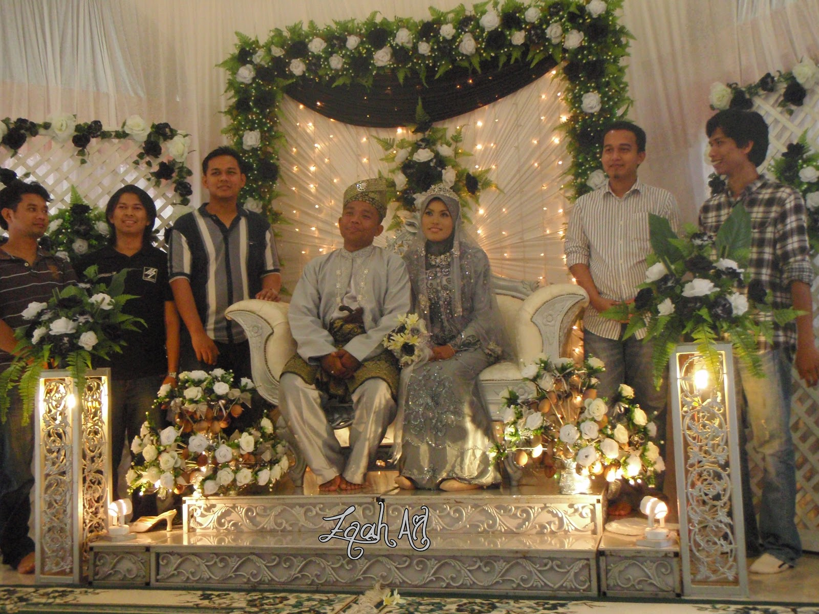 Tema Perkahwinan Hitam Putih Campur Silver