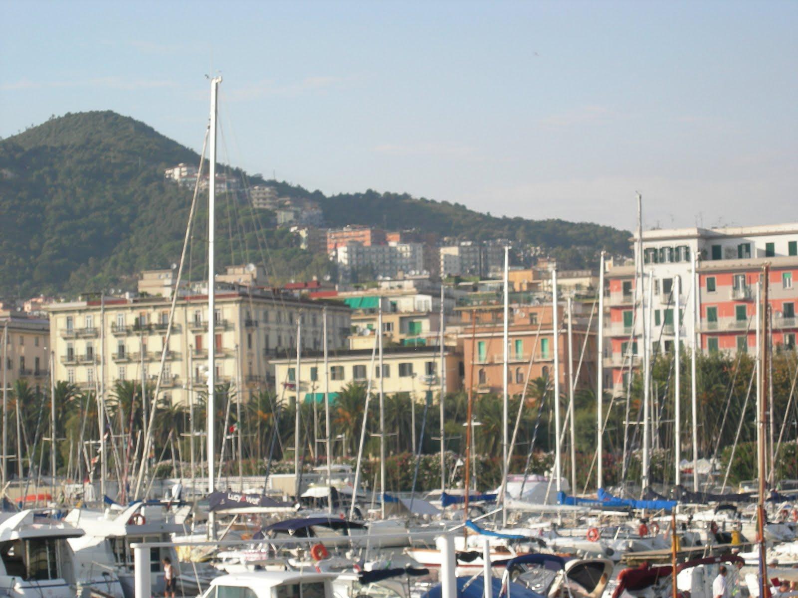 http://1.bp.blogspot.com/_qbbimp-cXQc/TJQXc9LPcQI/AAAAAAAAAMc/Y6uq0KTCm84/s1600/Salerno%2B6.JPG