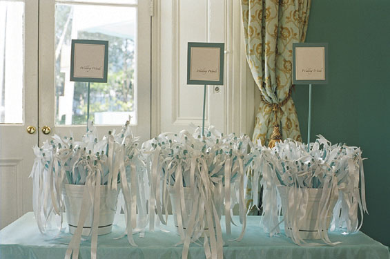 Fly me to the moon trend alert wedding sendoff with for Wedding wands