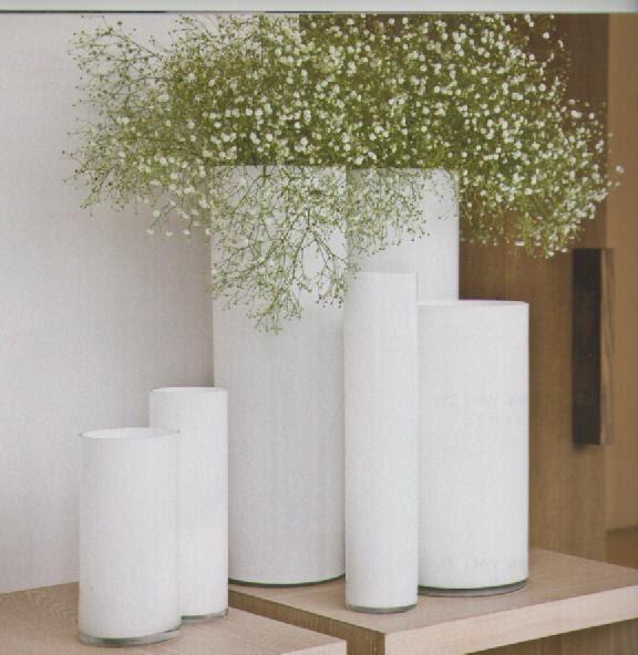 Decoraci n artico ideas y consejos con flores y plantas for Jarrones de suelo modernos