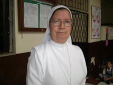 Rectora:Hta Maria del Carmen Florez Patiño