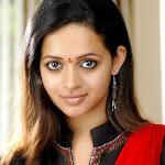 Bhavana in Black Churidar with Less Makeup Stils