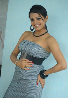 Tashu Kaushik in sleeveless Top Spicy Pictures