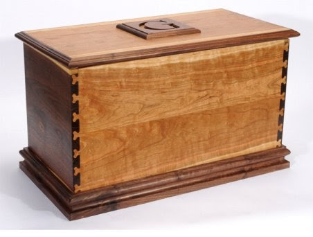 How to blanket chest or toy box plans free woodworking for Hope chest plans pdf