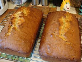 Gourmet Gibbs Bea 39 S Banana Nut Bread