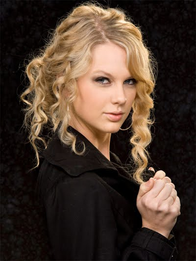 taylor swift curly hair natural. Blow drying curly hair with