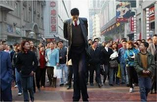 hombre alto
