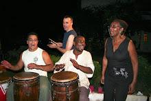 Bakongo festejando el cumple del nieto de Maria Elena
