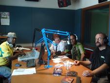 98.9FM