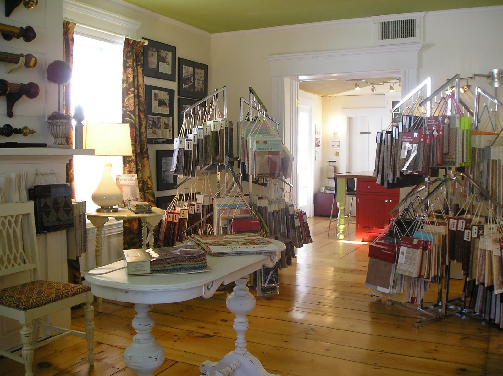 American Home Gallery Showroom: Fabric Library