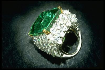 Chalk Emerald