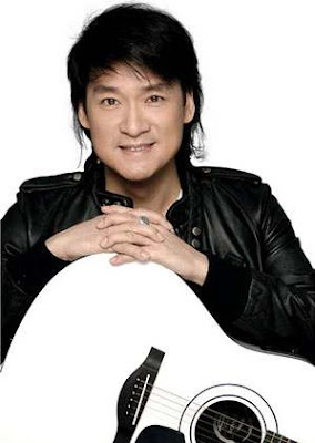 周华健 - 朋友 (Emil Chau - Peng You) - YouTube
