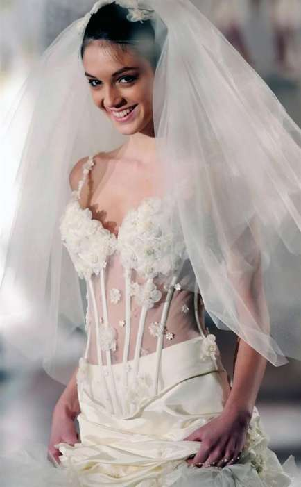 Modern wedding dresses for brides 20 Pics