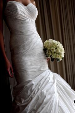 Bridal wedding dresses wedding dress designer history of for Origin of white wedding dress