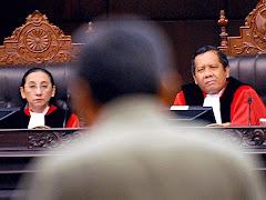 Persidangan Mahkamah Konstiusi