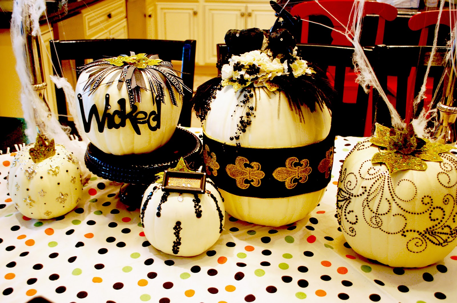 Genius 18 images for classy halloween decorations homes Classy halloween decorations