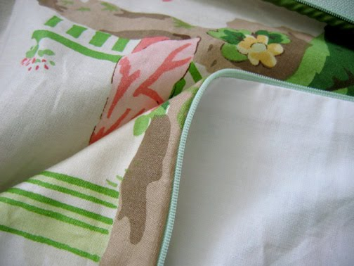 Book Cover Sewing Zip Code : Needle book how to sew a pillow with piping zipper and
