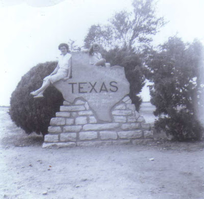 Del & Maureen in Texas - 1954