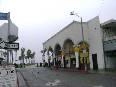 Market & Speedway - Venice
