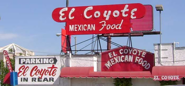 El Coyote Cafe sign
